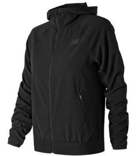Chaqueta New Balance Accelerate Track Mujer Negro
