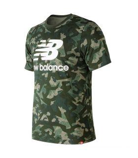 Camiseta New Balance Essentials Stacked Logo Tee Hombre Camuflaje. Oferta y Comprar online