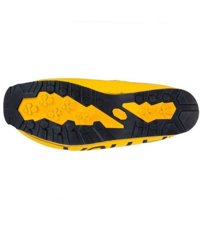 Compra online BOTAS La Sportiva Olympus Mons Cube S Yellow-Black Unisex en oferta al mejor precio