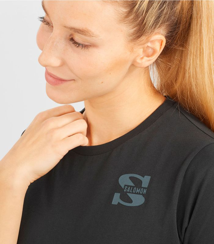 Compra online Camiseta Salomon Mc Outlife Small Logo SS Mujer Black en oferta al mejor precio